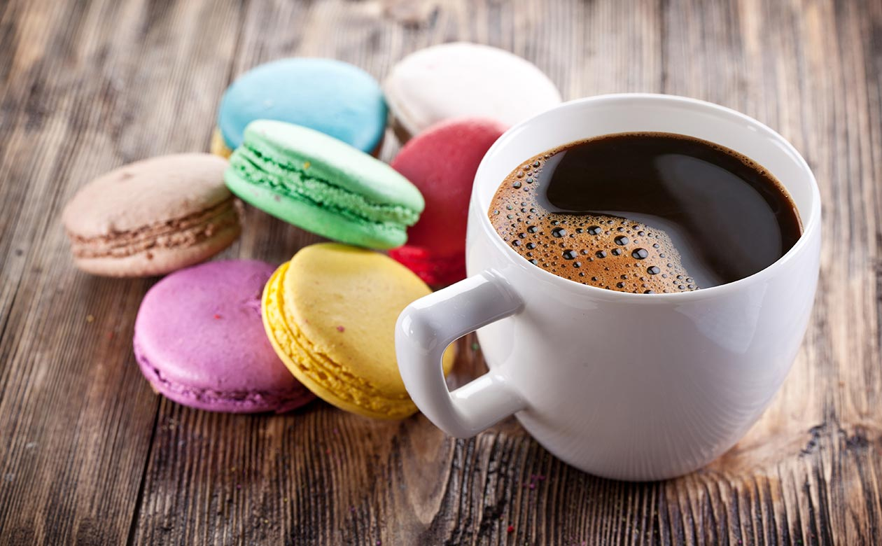kauai coffee and dessert pairings - macarons